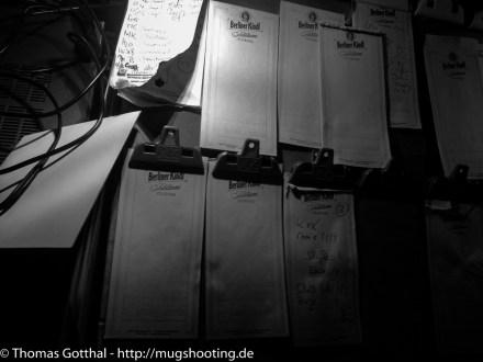 """Anschreiben lassen, im """"Glaube Liebe Hoffnung"""""""