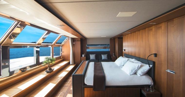mafi auf hoher See: die maritimen Dielen-Kollektionen sorgen für exklusives Flair