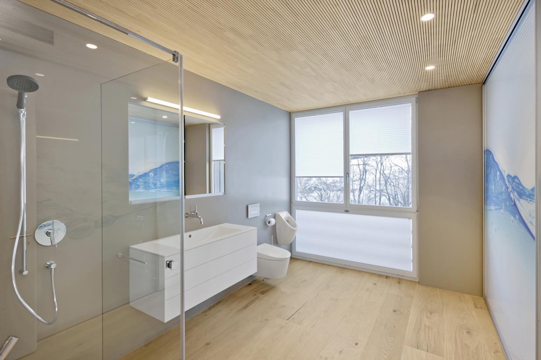 Wellness-Oase statt Badezimmer: die Echtholzdielen von mafi im Bad