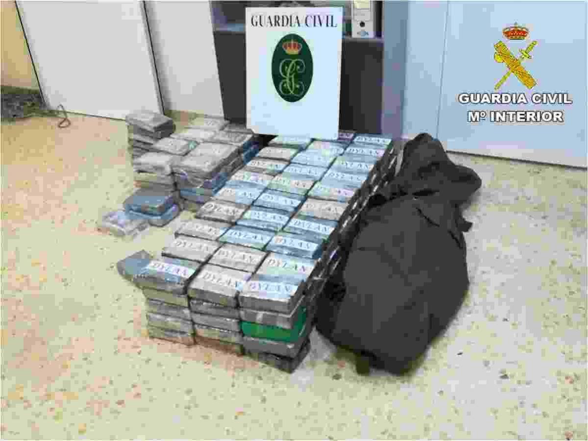 La Guardia Civil se incauta en Altea de 226 kilos de cocaína escondidos en un container