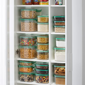 Pretty Organized Pantry