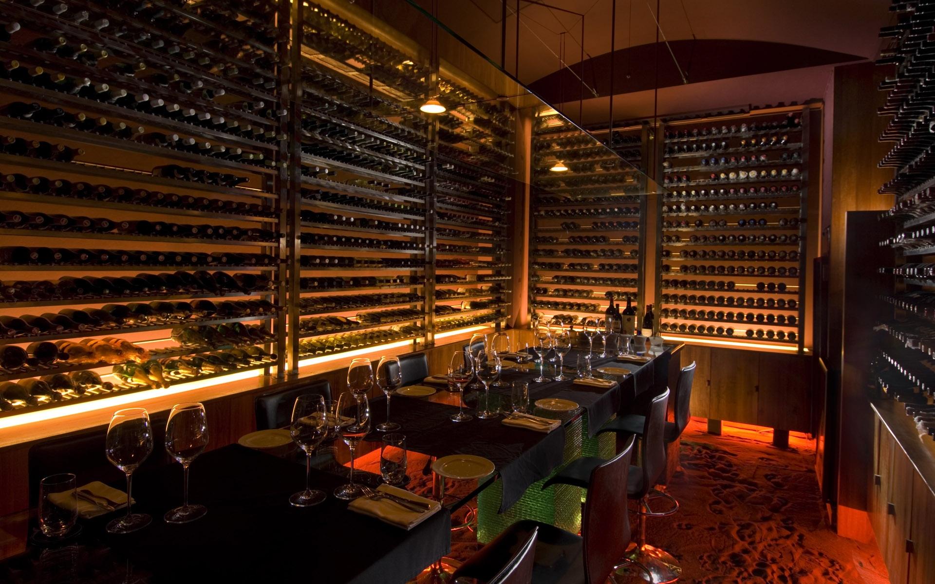 cafe restaurant wine racks design