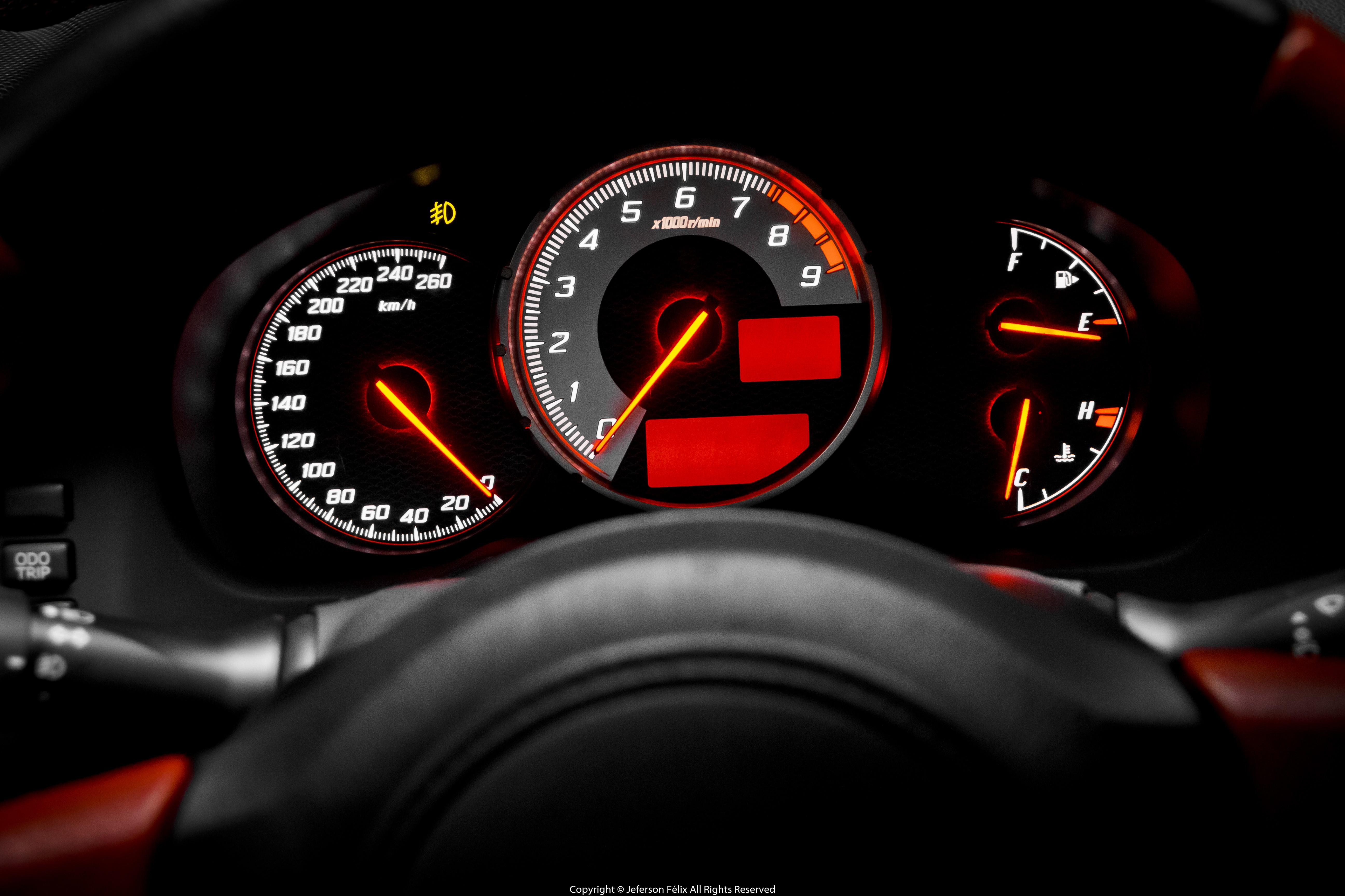 Wallpaper Sports Car Speedometer Instrument Panel