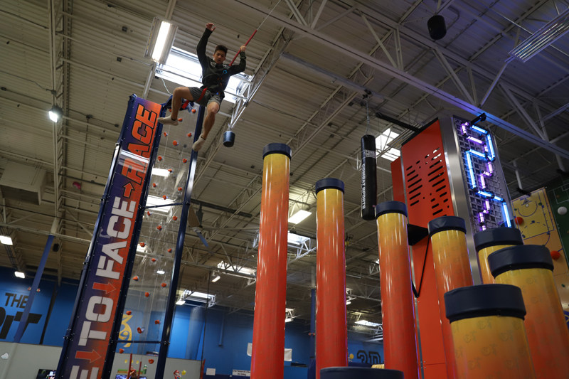 Get Air Hang Time – Extreme Trampolines