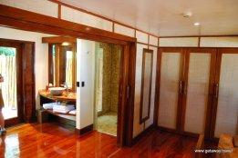 30-Likuliku Lagoon Resort Fiji 2-1-2011 1-43-28 PM