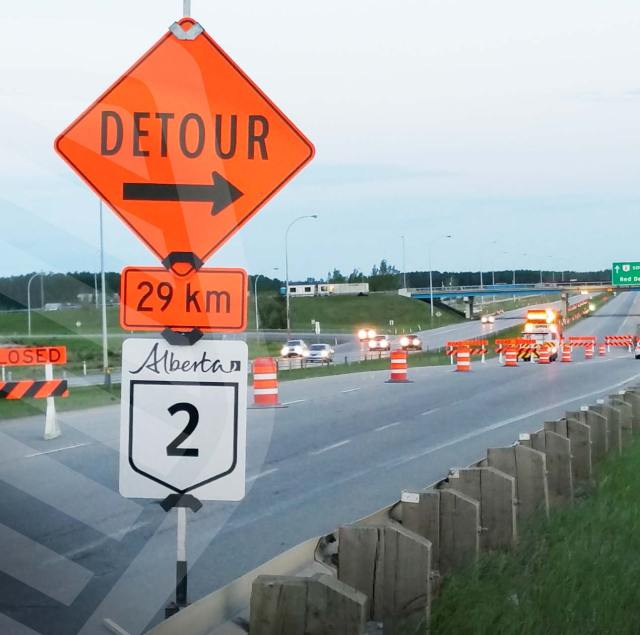 Barricades and signs, traffic control companies, road flagging companies, portable electronic traffic signs, alberta traffic supply, BC traffic supply, manitoba traffic supply, saskatchewan traffic supply