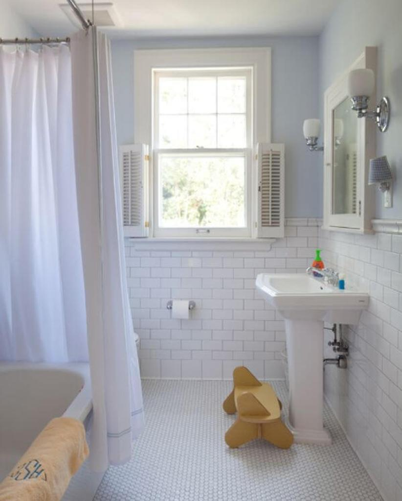 Colorful bathroom tile ideas floor #bathroomtileideas #bathroomtileremodel