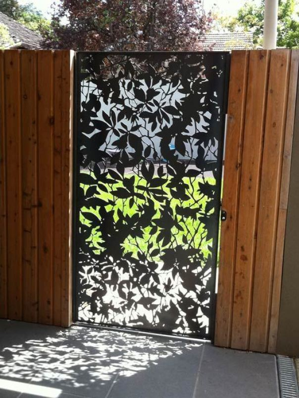 Phenomenal plastic fence panels #privacyfenceideas #gardenfence #woodenfenceideas