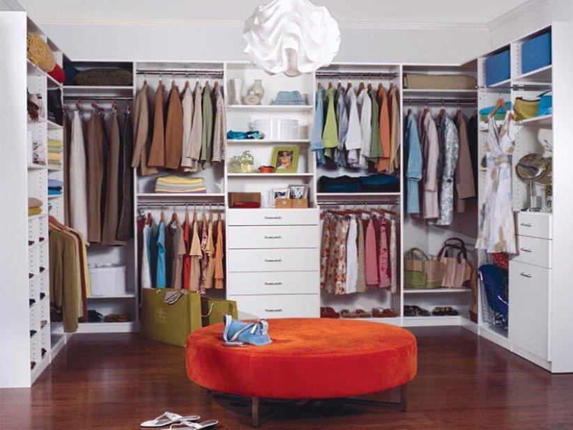 Wonderful wood closet shelving #walkinclosetdesign #closetorganization #bedroomcloset