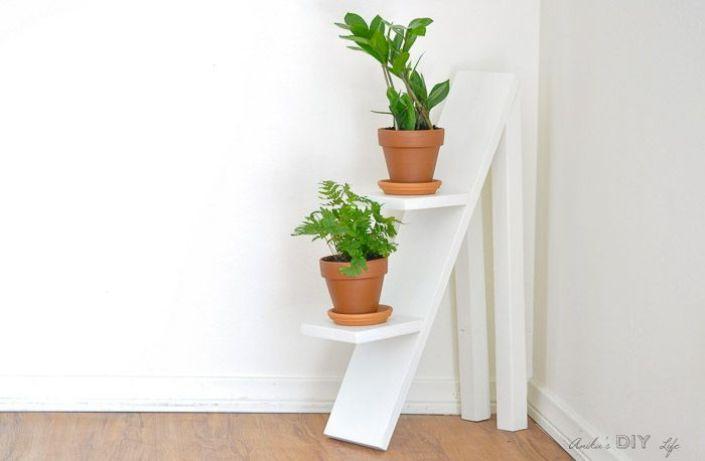 Marvelous hanging plant stand indoor #diyplantstandideas #plantstandideas #plantstand