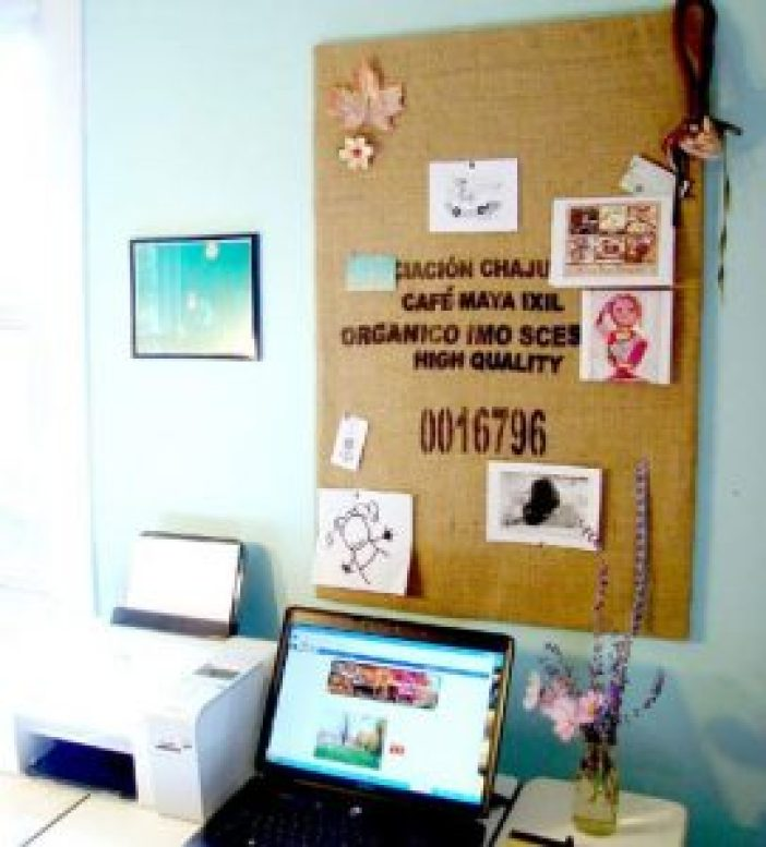 Terrific wine cork crafts #corkboardideas #bulletinboardideas #walldecor