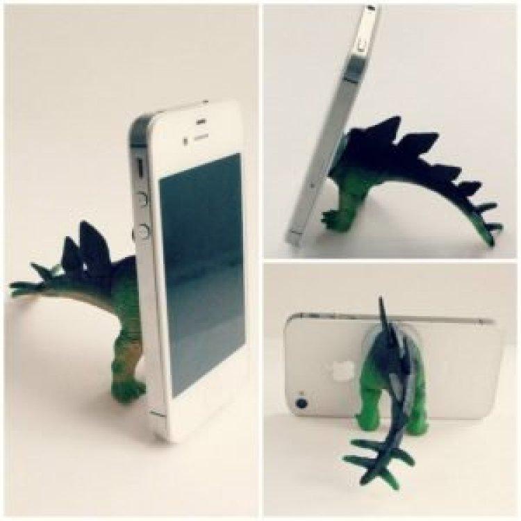 Famous diy wall phone holder #diyphonestandideas #phoneholderideas #iphonestand