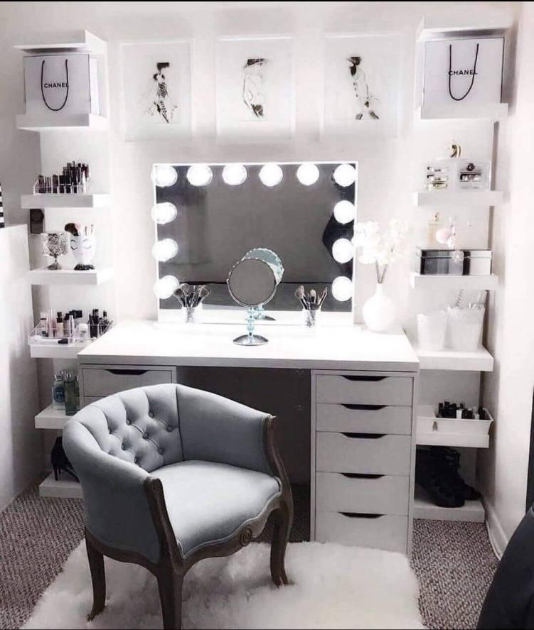 Unique dressing room #makeuproomideas #makeupstorageideas #diymakeuporganizer