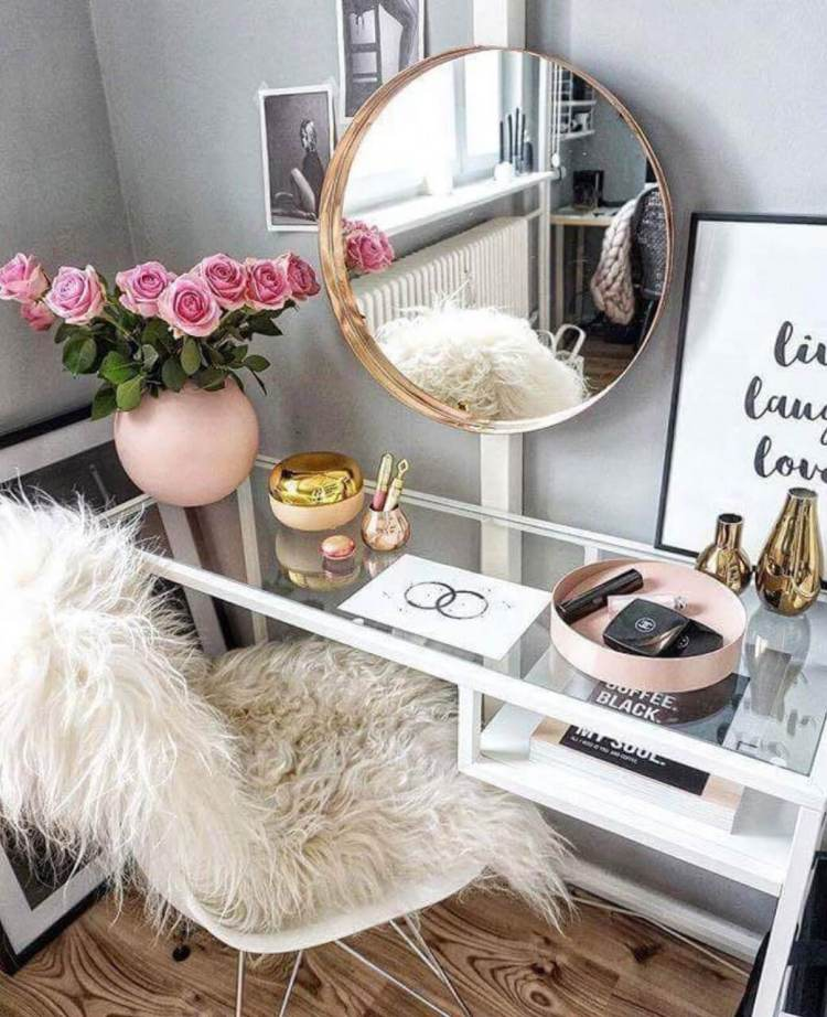 Miraculous makeup table #makeuproomideas #makeupstorageideas #diymakeuporganizer