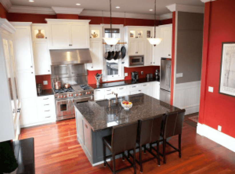 Amazing kitchens with painted cabinets #kitchenpaintideas #kitchencolors #kitchendecor #kitcheninspiration