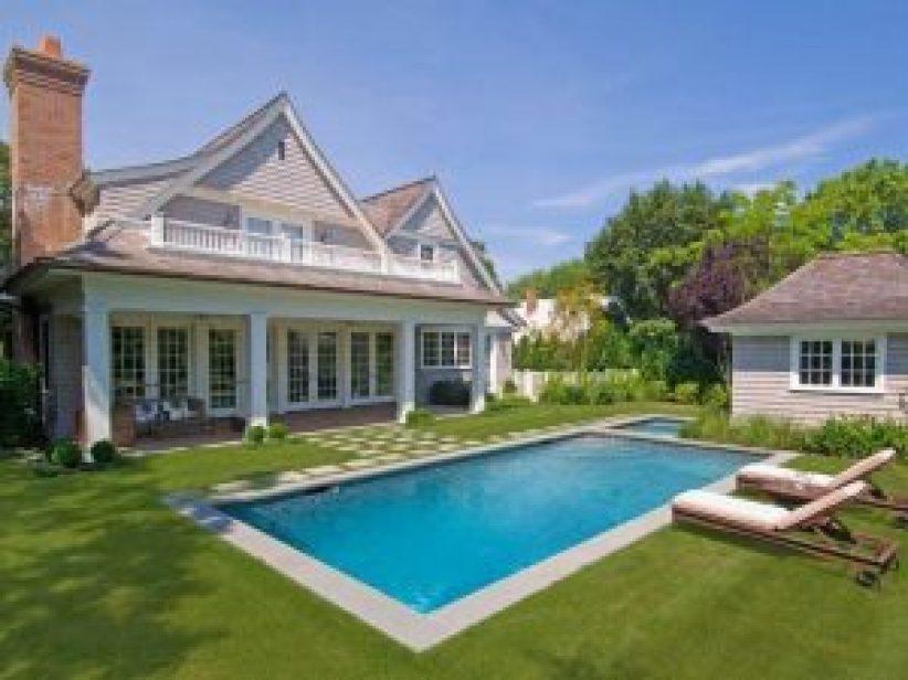 Awesome swimming pool tile design ideas #swimmingpooldesign #pooldeckandpatiodesigns #smallbackyardpools