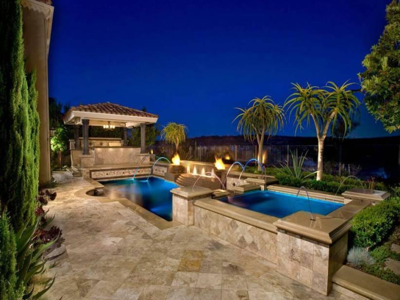 Trending outdoor swimming pool designs #swimmingpooldesign #pooldeckandpatiodesigns #smallbackyardpools