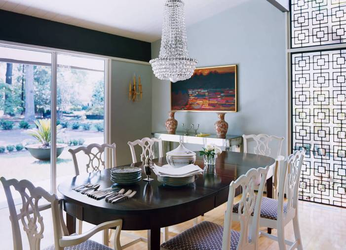 Colorful dining room decorating ideas pictures #diningroompaintcolors #diningroompaintideas