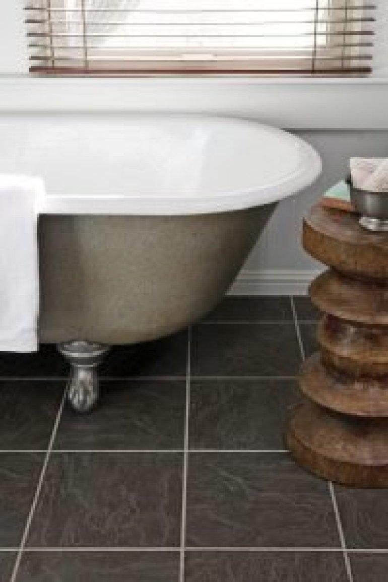 Great small modern bathroom tile ideas #bathroomtileideas #bathroomtileremodel