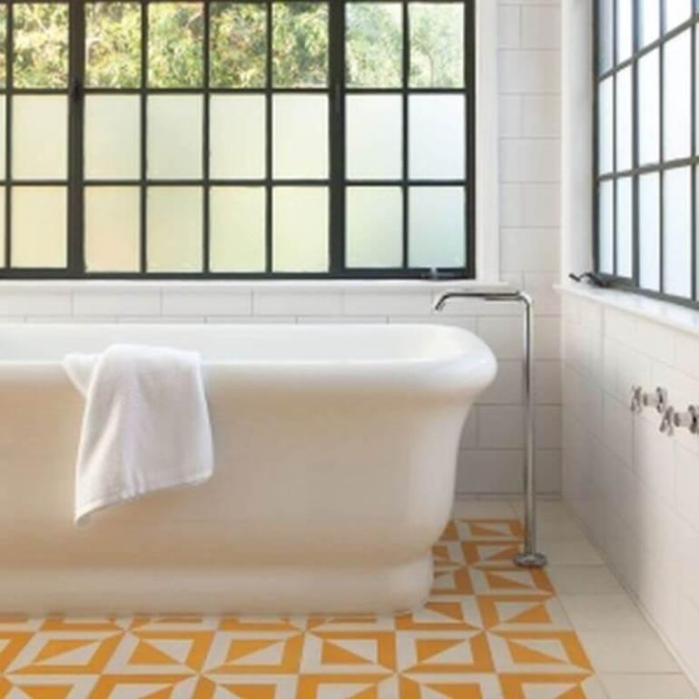 Beautiful bathroom border tiles #bathroomtileideas #bathroomtileremodel