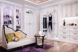 Staggering Small Walk In Closet Organization #walkinclosetdesign  #closetorganization #bedroomcloset