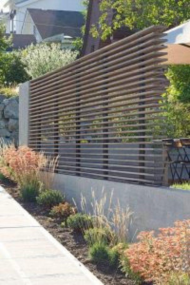 Brilliant lowes vinyl fence #privacyfenceideas #gardenfence #woodenfenceideas