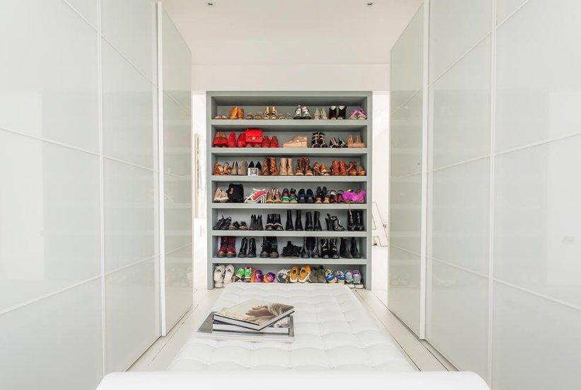Unique wardrobe storage closet #walkinclosetdesign #closetorganization #bedroomcloset
