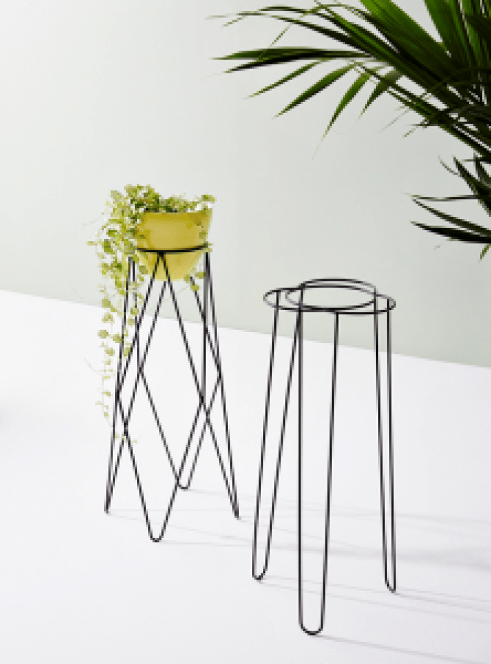 Unforgettable indoor plant table #diyplantstandideas #plantstandideas #plantstand