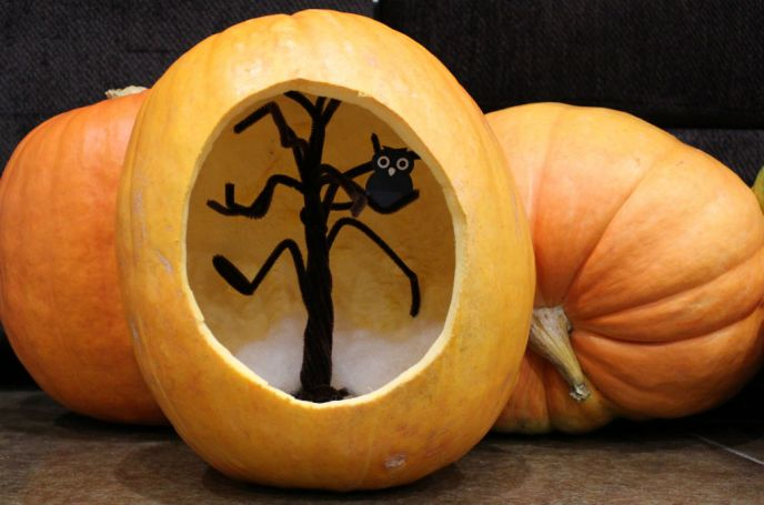 pumpkin carving, pumpkin diarama, halloween, creative ideas