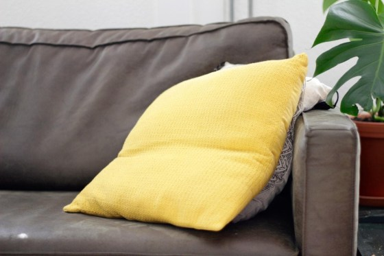 How To Dispose Of Pillows? Easy Steps To Follow