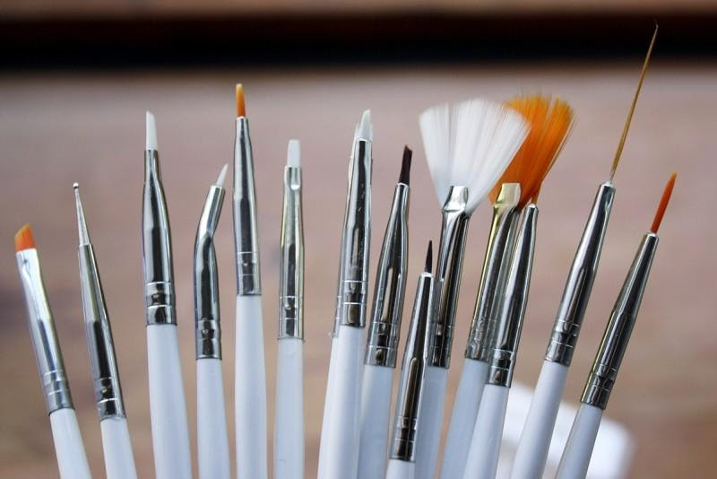 Cleaning Nail Art Brushes