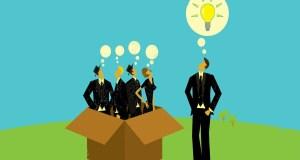 Tư duy bên ngoài chiếc hộp: Triệu phú, chính trị gia và nhà đầu tư