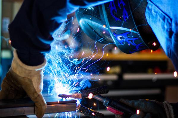 welding blue arcs welding mask copper ground clamp metal bar freepoint technologies