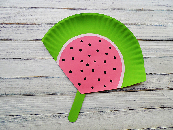 Craft Ideas Using Paper Plates Watermelon craft ideas using paper plates|getfuncraft.com