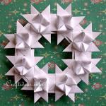 Paper Wreath Craft German Star Wreath In White paper wreath craft getfuncraft.com