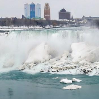 Photo of Niagara Falls Frozen in Winter