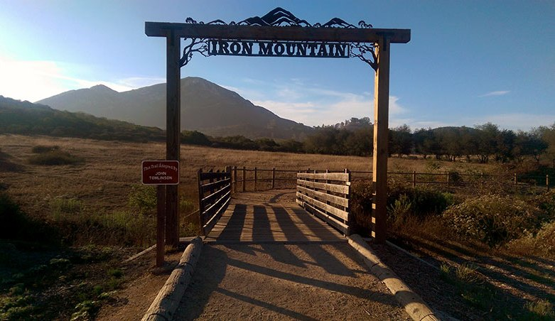 Iron Mountain Peak Trailhead