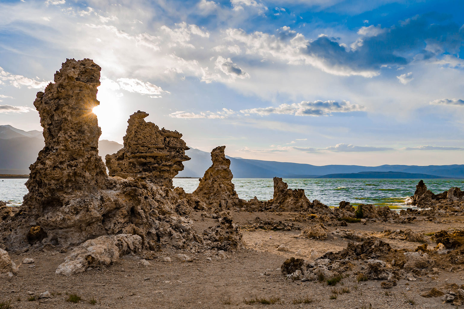 Mammoth Lakes - Mono Lake Tufas