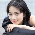 小松菜奈インスタ画像から赤リップやアイラインや髪型がかわいい