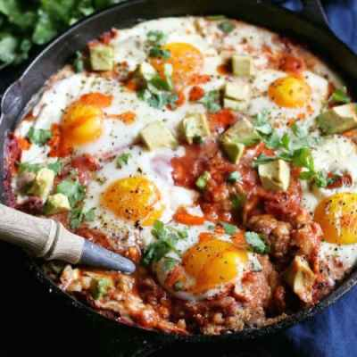 Feeding a crowd? Try these 19 healthy and easy breakfast recipes everyone will love.