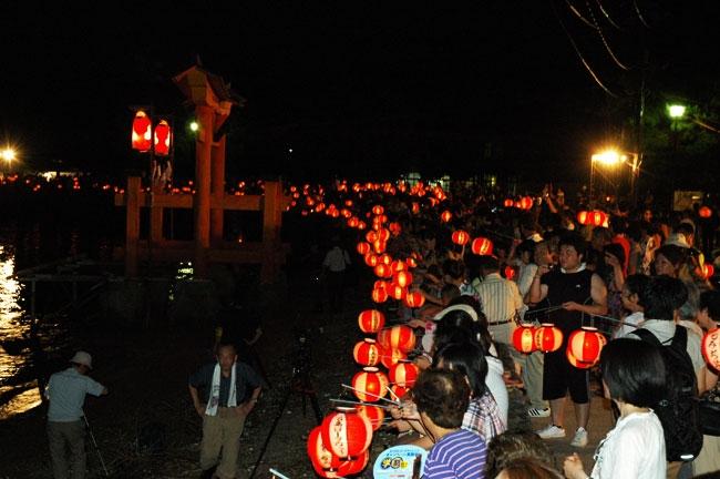 Miyajima kangensai Nagahama lanterns