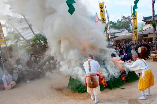 daiganji-hiwatari-ritual-08