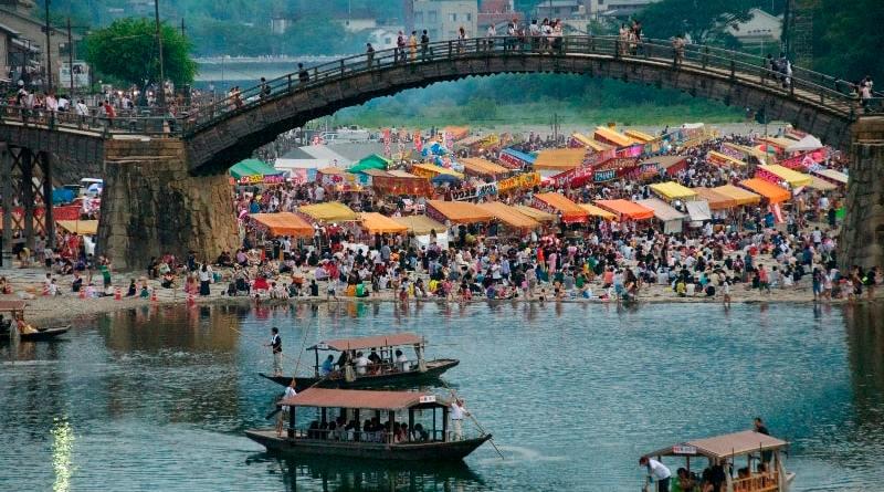 Kintai-kyo Bridge Fireworks Festival
