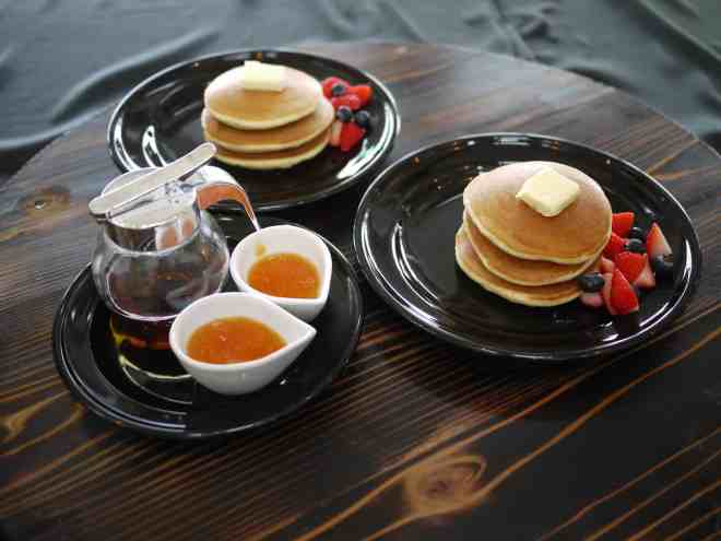Hotcakes served think and fluffy with fruit or sweet azuki beans