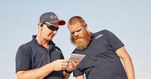 © Red Bull. Wade Hammond and Jim Reed. Teams wishing to modify their aircraft must get past this pair.