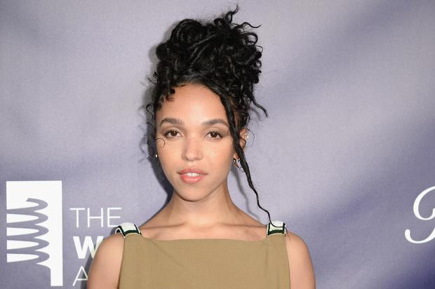 "FKA Twigs Announces New Single ""Cellophane"" Arriving Tomorrow"