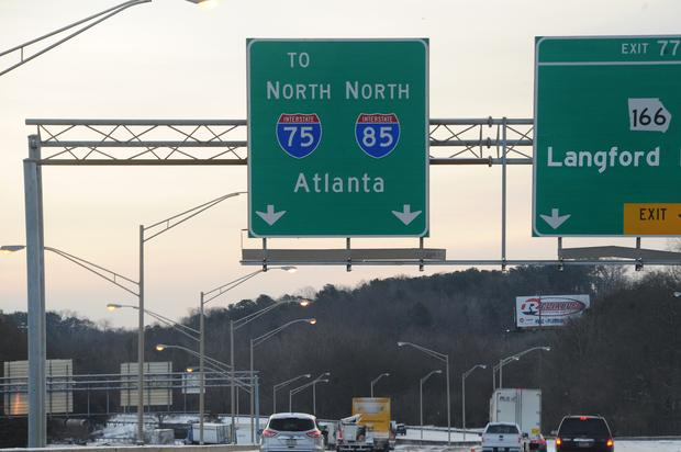 Atlanta Residents Swarm Highway After Truck Spills Cash Everywhere