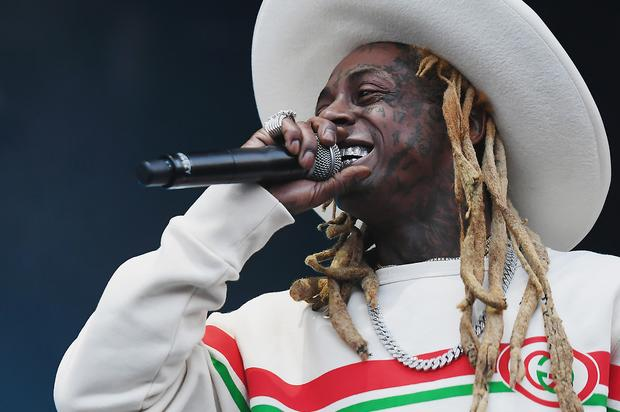 Lil Wayne Performs For 20 Mins & Walks Off Stage In Frustration: Report