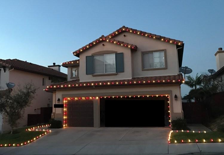carlsbad-christmas-lights