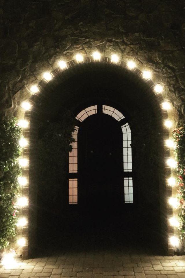 rancho-santa-fe-christmas-lights-arch